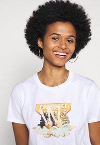 Fiorucci - VINTAGE LIGHTS TEE - T-shirt con stampa - white - 3