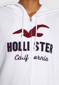 Hollister Co. - TERRY TECH CORE - Zip-up hoodie - white - 6