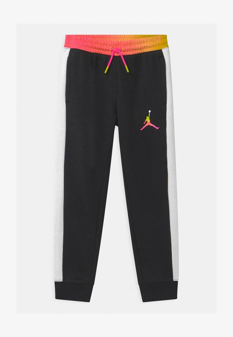 Jordan - JUMPMAN AIR RISE - Tracksuit bottoms - black