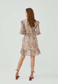 Aaiko - VALENTHE - Day dress - root brown dessin - 1