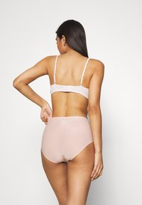 Chantelle - FULL BRIEF - Pants - soft pink - 2