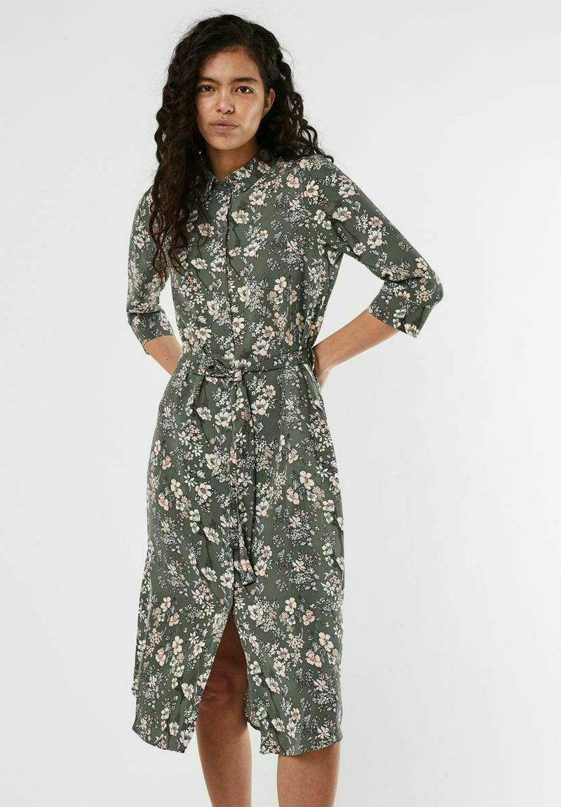 Vero Moda - Shirt dress - laurel wreath