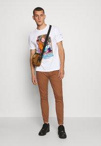 Burton Menswear London - Chinos - ochre - 1
