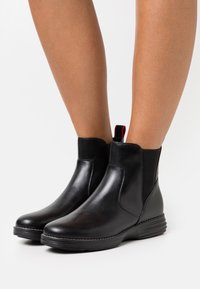 Cole Haan - ORIGINALGRAND CHELSEA BOOTIE - Classic ankle boots - black/red tango - 0