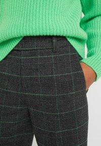 DRYKORN - BEGIN - Trousers - grau - 5