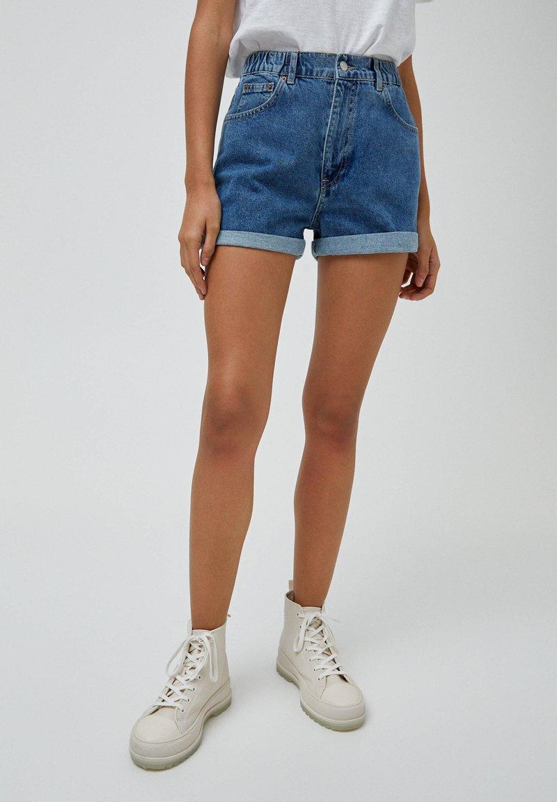 PULL&BEAR - Szorty jeansowe - blue