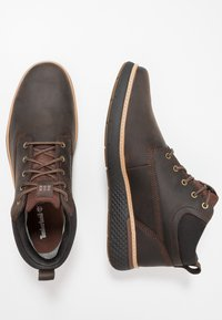 Timberland - CROSS MARK GTX CHUKKA - Lace-up ankle boots - potting soil - 1