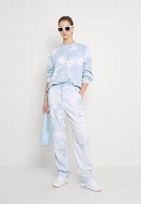 Monki - Sweatshirt - blue dusty light/blue - 1
