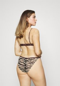 LOVE Stories - ISABEL - Briefs - zebra tiger - 2