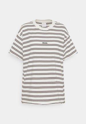 NIKO - T-shirts med print - off white