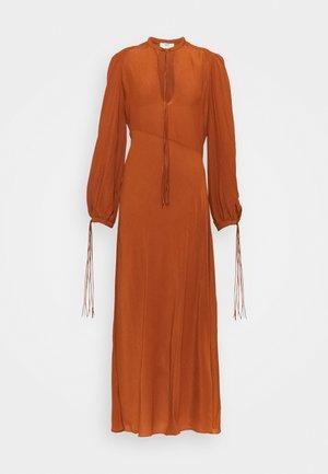 FRONT DETAIL  - Day dress - orange