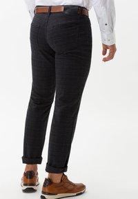 BRAX - STYLE CADIZ C - Straight leg jeans - navy - 2