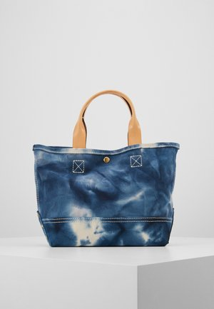 TIE DYE WASHED CANVAS MINI TOTE - Handtasche - natural/blue