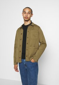 BY GARMENT MAKERS - WORKWEAR JACKET - Tunn jacka - oil green - 0