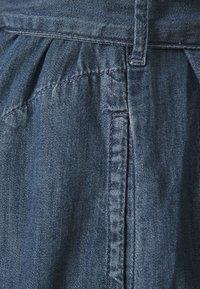 GAP - MIDI DRESS - Denim dress - medium indigo - 2
