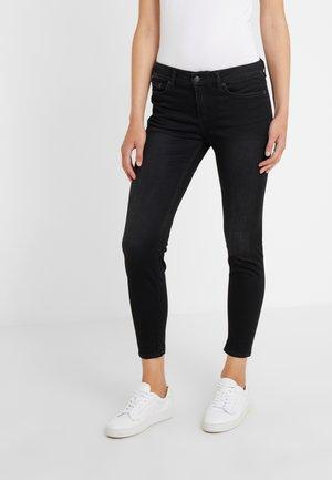 NEED - Jeans Skinny - black wahed