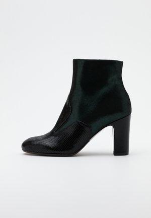 WALTA - Kotníková obuv - verde
