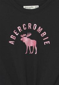 Abercrombie & Fitch - TIE FRONT  - Triko spotiskem - black - 2