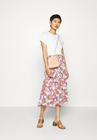 comma - A-line skirt - light pink - 1
