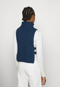 Who What Wear - TURTLENECK DICKIE - Jumper - navy - 2