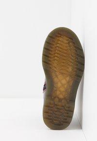 Dr. Martens - 1460 J PATENT - Lace-up ankle boots - plum - 5