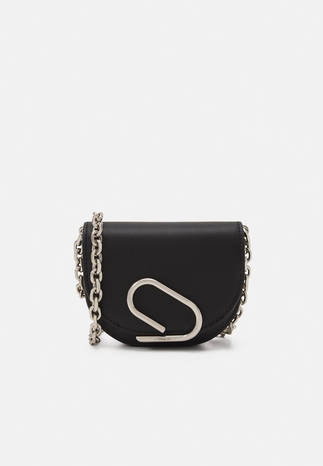 ALIX MINI CARDCASE ON CHAIN - Lompakko - black