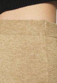 VILA PETITE - VICOMFY SKIRT - Pencil skirt - tiger eye melange - 5