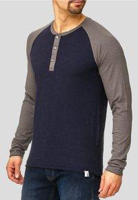 INDICODE JEANS - LONGSLEEVE WILLBUR - Long sleeved top - dark blue - 0