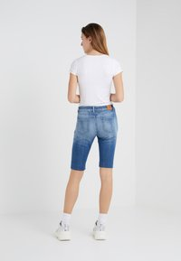 CLOSED - BAKER - Shorts - light blue - 2