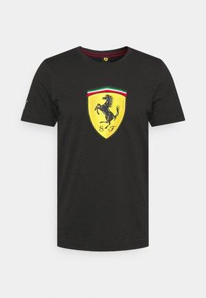 FERRARI RACE COLORED BIG SHIELD TEE - T-shirt med print - black