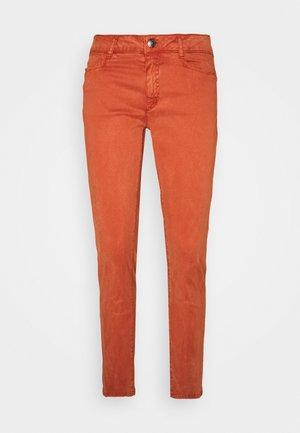 Slim fit jeans - terracotta