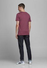 Jack & Jones - Print T-shirt - port royale - 2