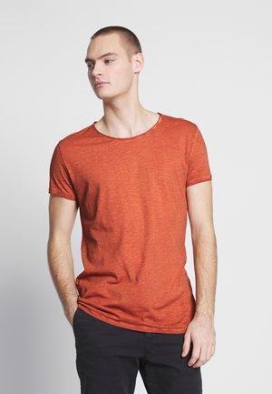 VITO SLUB - Print T-shirt - brown