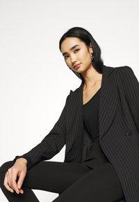 Even&Odd - Slim Fit Punto Trousers - Bukser - black - 4