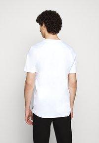 Raeburn - ETHOS GRAPHIC  - T-shirt con stampa - white - 2