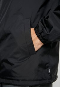 Vans - TORREY - Summer jacket - black/white - 3
