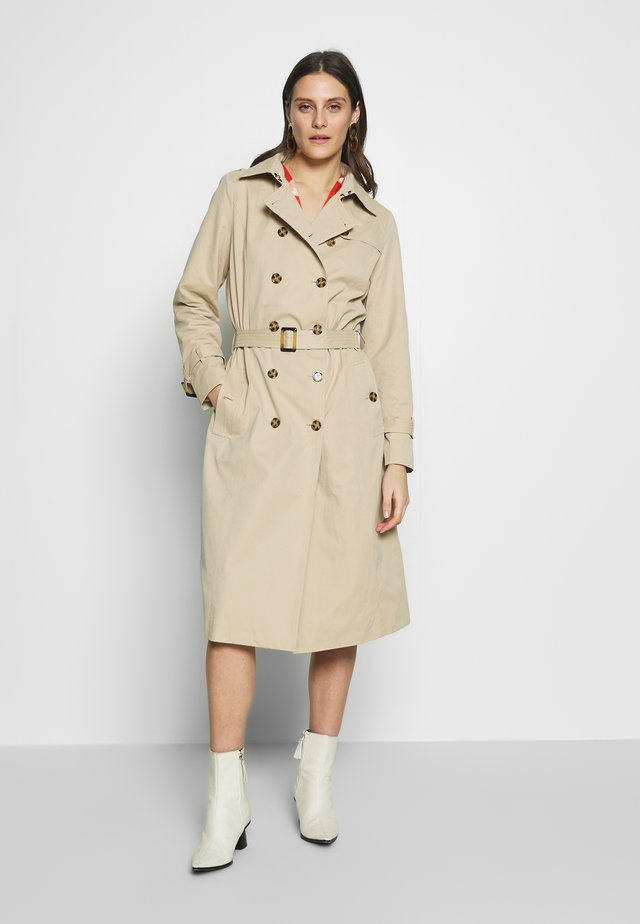 HELENA - Trenchcoat - oxford tan