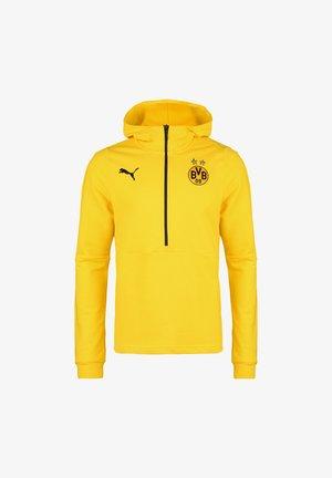 Club wear - cyber yellow