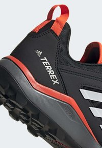 adidas Performance - TERREX AGRAVIC TR TRAIL RUNNING SHOES - Løbesko trail - black - 8