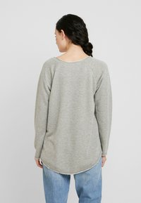 Herrlicher - FREYJA GLITTER - Sweater - gold - 2