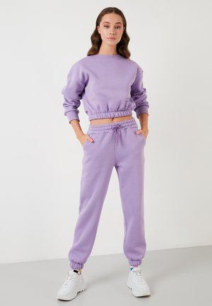 Tracksuit - lilac