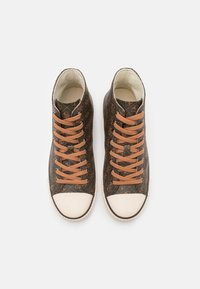 Guess - EDERLE  - High-top trainers - brown/ocra - 3