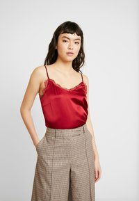 Mos Mosh - DITTE SINGLET - Toppe - red - 0