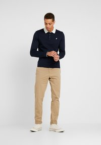 Pier One - MUSCLE FIT - Polo - dark blue - 1