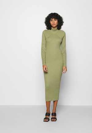 CUT OUT BACK MIDAXI DRESS - Gebreide jurk - green
