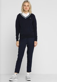 Lacoste Sport - Kalhoty - navy blue - 1