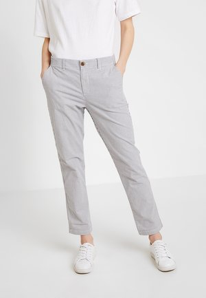 V GIRLFRIEND STRIPE - Pantaloni - blue/white