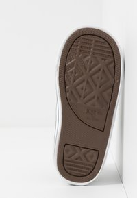 Converse - CHUCK TAYLOR ALL STAR - Zapatillas - black/khaki/white - 5