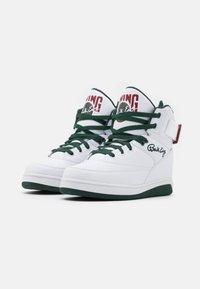 Ewing - 33 - Zapatillas altas - white/sycamore/biking red - 1