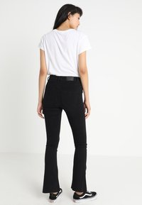 Gina Tricot - Flared jeans - black - 3
